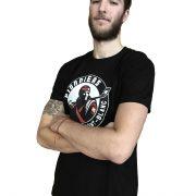 t-shirt-noir-profil